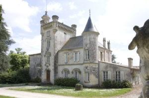latour-laguens-chateau