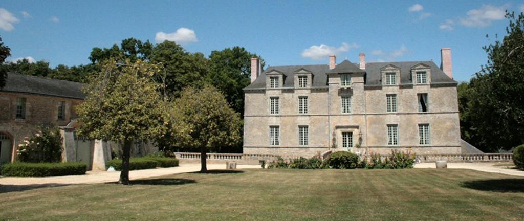 Anjou-chateau-des-noyers-chine-lemaire-vin-hebdo