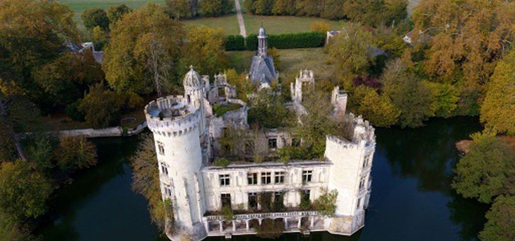Chateau-de-la-Mothe-Chandeniers-lemaire-hebdo-vin-chine
