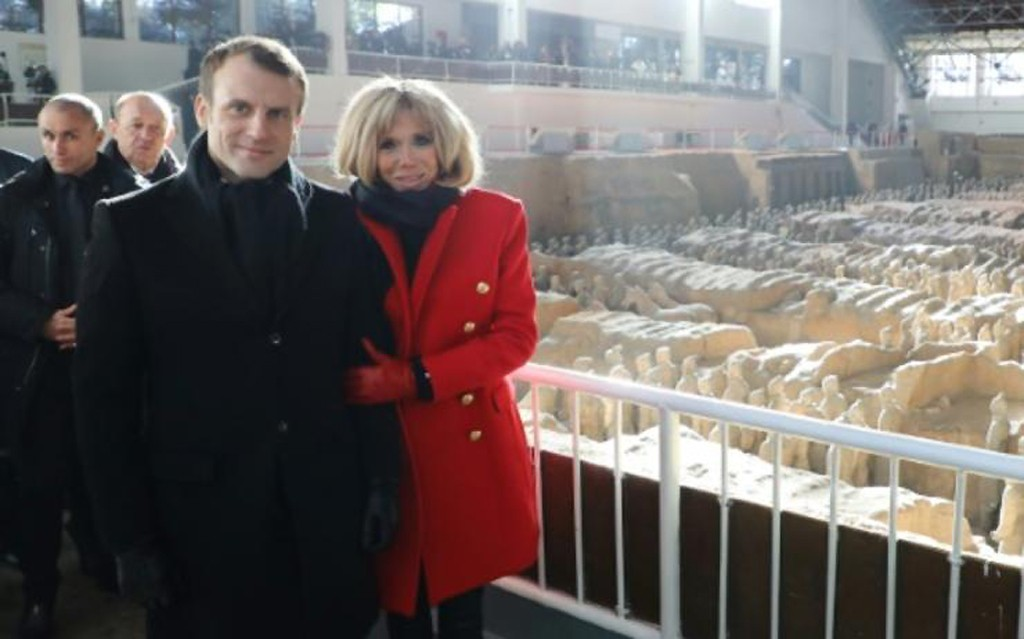 Macron-emmanuel-brigitte-xian-hebdo-vin-chine-lemaire