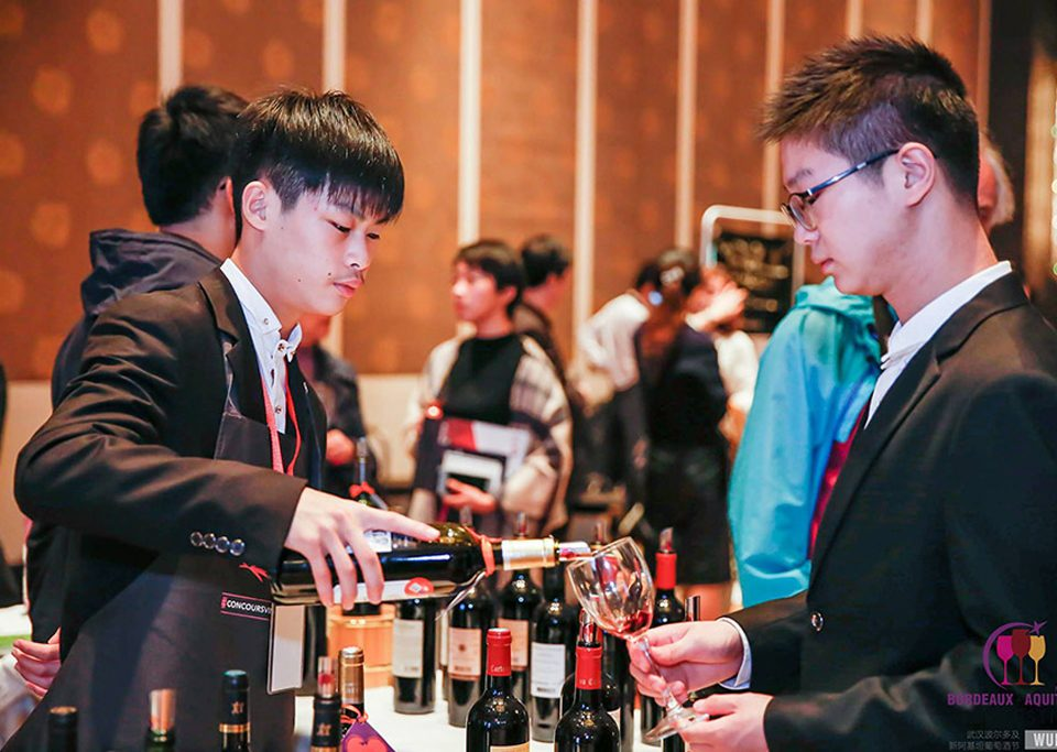 Festival-wuhan-lemaire-hebdo-vin-chine