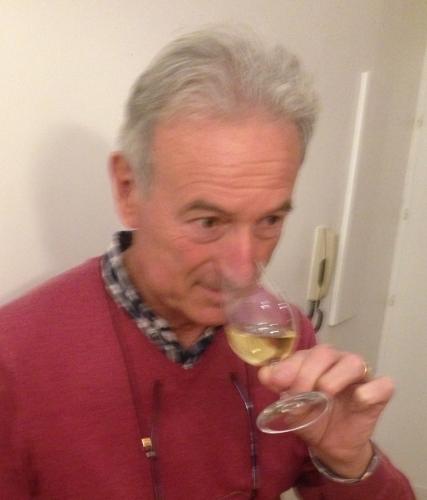 Gilles-Pauquet-verre-Lemaire-hebdo-vin-chine-taila