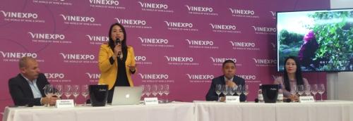 Vinexpo-2019-Clovitis-HO-LAN-SOUL-WINERY-Chine-Lemaire-hebdo-vin-1