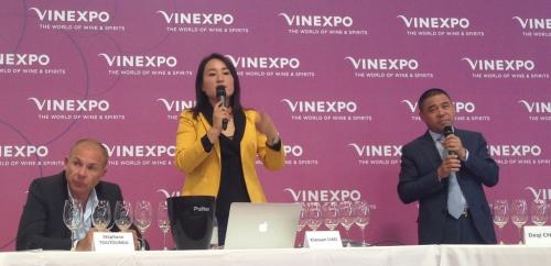 Vinexpo-2019-Clovitis-HO-LAN-SOUL-WINERY-Chine-Lemaire-hebdo-vin-3