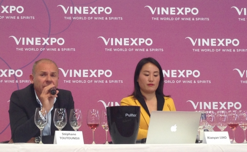 Vinexpo-2019-Clovitis-HO-LAN-SOUL-WINERY-Chine-Lemaire-hebdo-vin-4