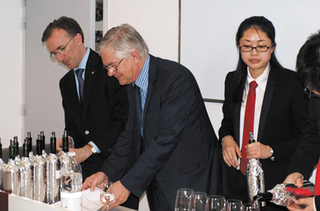 CAFA-franck-chause-paolo-basso-lemaire-hebdo-vin-chine