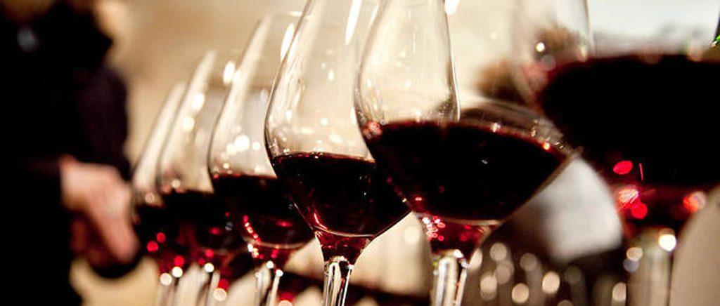 Le-point-verres-de vin-rouge-Dupont-lemaire-hebdo-vin-chine-Roy