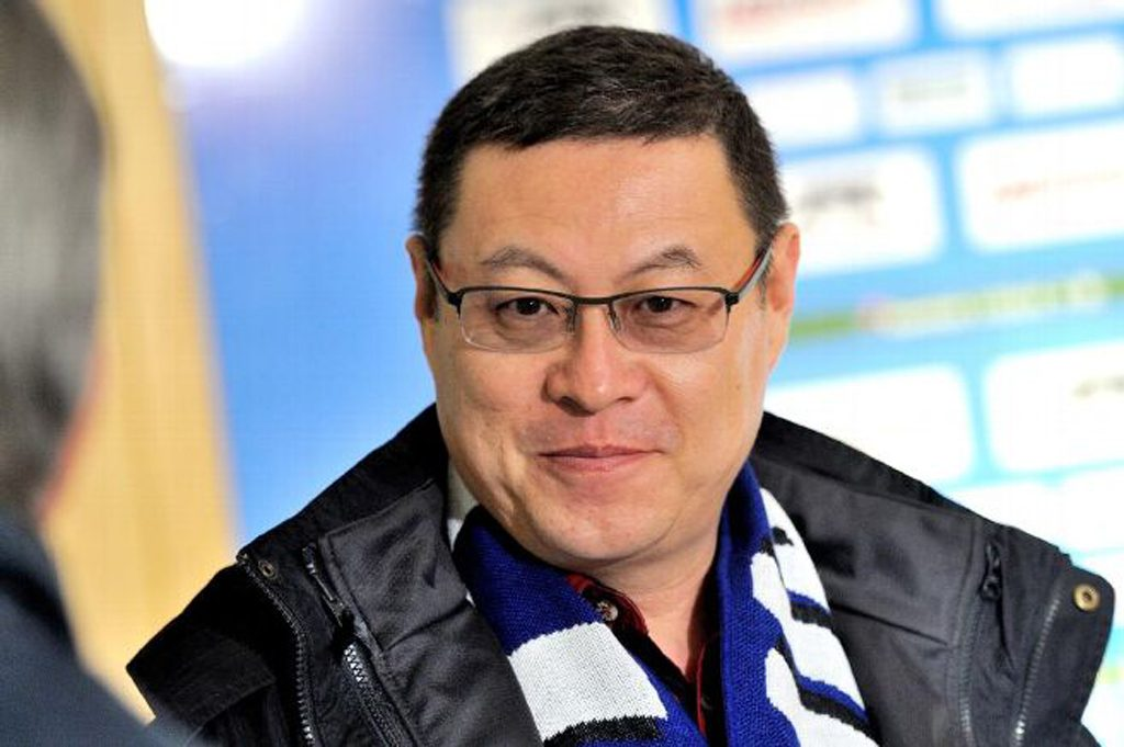 Renon-james-zhou-auxerre-football-lemaire-hebdo-vin-chine