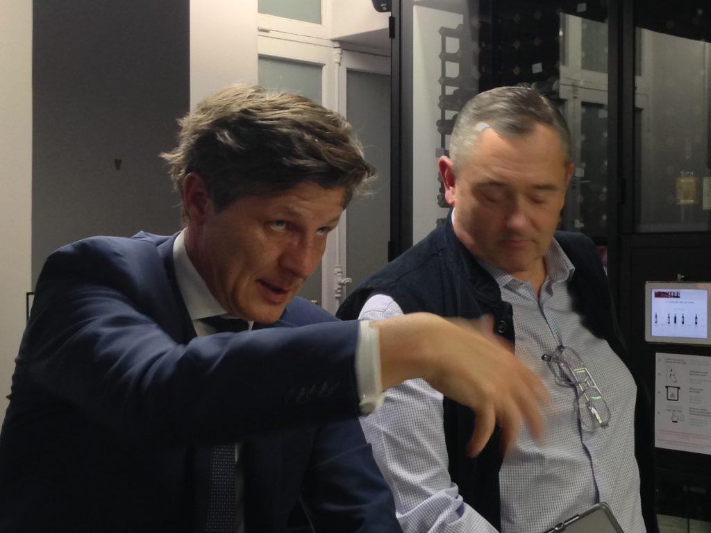 Nicolas-Florian-maire-bordeaux-Fred-Cauchois-lemaire-hebdo-vin-chine