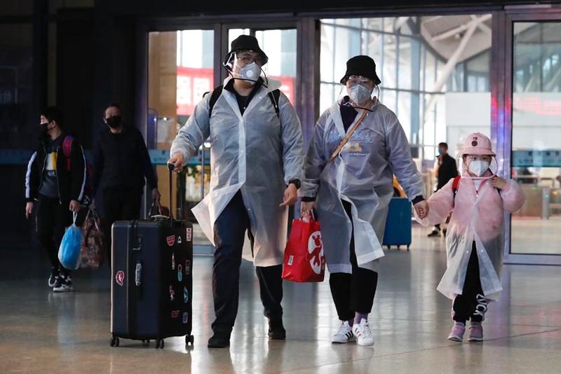 Wuhan-fin-du-confinement-coronavirus-gare-2-lemaire-hebdo-vin-chine