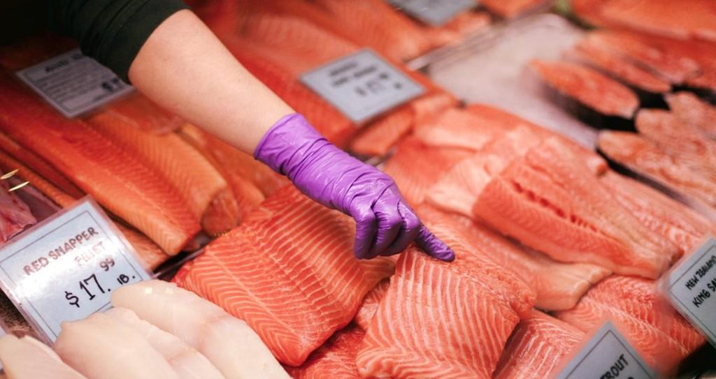 marche-pekin-saumon-hebdo-vin-chine-lemaire